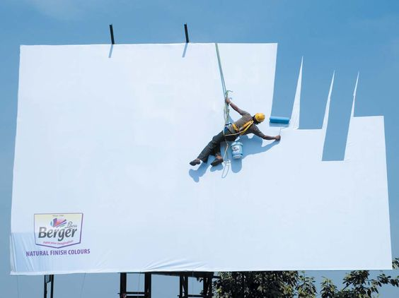 Bergers paint billboards